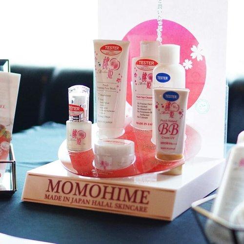 Throwback to #ClozetteXCoolJapan Event minggu lalu yang juga memperkenalkan produk-produk @momohime.halal.japan dan @cezanne.id yang berasal dari Jepang. Clozette Crew enggak bisa menahan penasaran untuk coba tester yang juga tersedia di event karena produknya unik-unik banget, salah satunya Cezanne Cosmetic yang punya produk bernama Retouch Base dengan kemasan kecil untuk makeup retouch on the go..Selain itu, Momohime merupakan skincare Jepang yang sudah punya label halal, lho..Thank you Momohime & Cezanne for the support at Clozette x Cool Japan Event..#ClozetteID #CIDCoolJapan