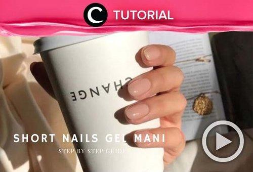 Siapa bilang kuku pendek tak bisa dipercantik dengan nail art? Coba cek di sini untuk ide nail art yang bisa kamu tiru: https://bit.ly/2QbtIX2. Video ini di-share kembali oleh Clozetter @ranialda. Lihat juga tutorial lainnya di Tutorial Section.