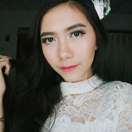 Don't be busy, just be productive! 👌Let's play makeup with @lagirlindonesia @lagirlindonesia @lagirlindonesia#lagirlinfluencer #lagirlid #clozetteid #bdgbeautyblogger #tribepost