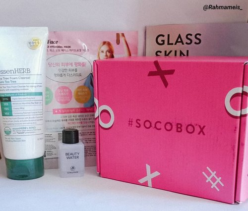 Hello friends, happy Thursday. Long time no posting, it seems I longed to write some more reviews, for the beginning I will share photos of gifts from @sociolla @beautyjournal that is #socobox #mysterybox.  Thank you for @sociolla and @beautyjournal for giving me the chance to try a product that I haven't tried before . - @sonandparkofficial beautywater - @essenherb_id Tea tree foam cleanser - @faithinface_official intensive calming mask . . .  Can't wait to try it.  For some reviews will be up after using approximately a month...#abcomunity  #beauty #beautyinfluencer #beautyenthusiast#skincare #clozette #clozetteid #skincareroutine #beautyblogger#indobeautyblogger #beautygram #bloggerperempuan#likeforlikes #photooftheday #beautytips #healthyskin#healthylifestyle #lifestyle #instabeauty #instabeautyblogger#instadaily #clozetteambassador