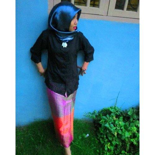 No caption needed 😁😊♡♡♡♡#vscocam #clozetteid #wedding #party #kebayakartini #hijab
