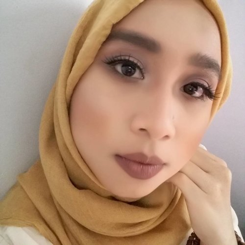 🌰Kylie Jenner Inspired Makeup Look🌰 . #KylieJenner #kyliejennermakeup #kylielook #makeup #indobeauty #indobeautygram #makeupoftheday #faceoftheday #clozetteid #femaledailynetwork #beautygram . (Supported by : @mfiraputri 😘😘)