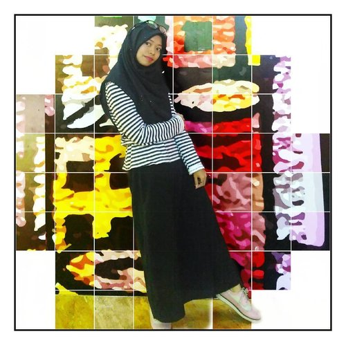 . Yesterday outfit : monochrome look. Any comments for this outfit? 😛 .  On my lips 💄 : Tony Molly Lip Tint no.1  #ClozetteID #fashionblogger #fashion #facetime #bloggerstyle #blogger #bblog #beautyblogger #streetstyle #hijabfashion #ootd #ootdindo