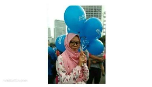 ⚫ Mari kita dukung gerakan #BukuUntukIndonesia demi masa depan anak-anak Indonesia yang lebih baik.  Video ini, berupa cuplikan keseruan acara bersama BCA @goodlifebca , saat CFD di Thamrin pagi tadi. Acara ini dalam rangka sosialisasi Buku Untuk Indonesia dan kampanye mengenai kegiatan minat baca masyarakat Indonesia. Kak Giring Nidji dan Kak Sandra Dewi juga ikut meramaikan, nih. Seru!  Tunggu cerita selengkapnya di blog unidzalika.com ya.  #bukuuntukindonesia #baktisosial #baktibca #GoodLife #GoodLifeBca #ClozetteID #CFD #CarFreeDay #Jakarta