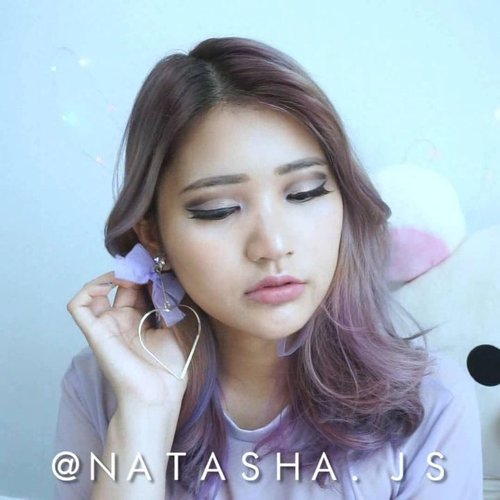 🎈New Tutorial Alert🎈 It's my first time trying cut crease so it's not as good but who says Asian eyes couldn't pull off cut crease? 😆 . . #NatashaJS #NatashaJSmakeup #NatashaJStutorial #NatashaJSvideo #VioletBrush . . . . . . . . . . . . @indovidgram @indobeautygram @beautiesquad  @tampilcantik @undiscovered_muas @bloggermafia @glamourvids @korean.asian.makeup @bunnyneedsmakeup @urpu @bombtutorial @powerofmakeup  @ragam_kecantikan @bvlogger.id #makeup #mua #cutcrease #asian #asianmakeup #asianeyes #clozetteid #monolids #indonesian #ivgbeauty #indobeautygram #tipscantik #indobeautysquad #blogger #beauty #tampilcantik #tipsmakeup #likes #bloggermafia #셀스타그램 #메이크업 #뷰티블로거 #좋아요