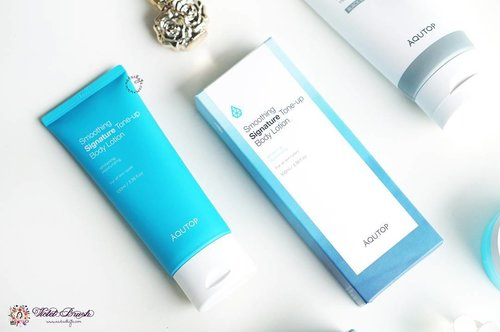 Not only facial care, @aqutop_official also has instant whitening body care! I love how this body lotion has natural brightening effect on my skin. It's also lightweight and absorbs quickly unto the skin! Plus, it keeps my skin moisturized even during Korea's harsh winter. Full review is up on #NatashaJSdotcom 😉 . . #NatashaJS #NatashaJSreview #endorseNatashaJS #NatashaJSBeautyBook #VioletBrush #clozetteid #aqutop #toneuplotion #brightening #whitening #bodylotion #koreanbodycare