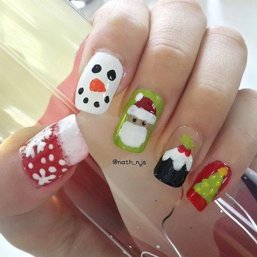 Merry (early) Christmas everyone! here's my Christmas nails inspired by many beauty bloggers ^^ P.S.: tutotial soon on the blog 😆😆#NYXChristmasContest @nyxmakeupid #natashajs #violetbrush #clozetteid @clozetteid