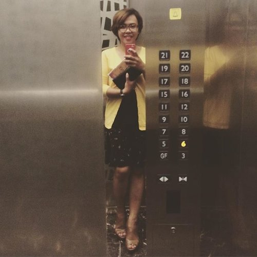 6th floor, please.. #ootd #cotw #COTD #clozetteid #officelook #howdoilook #selfie #selfportrait #flare #flareskirt #ankleboots #wedges #cardigan #simplelook #comfyclothes