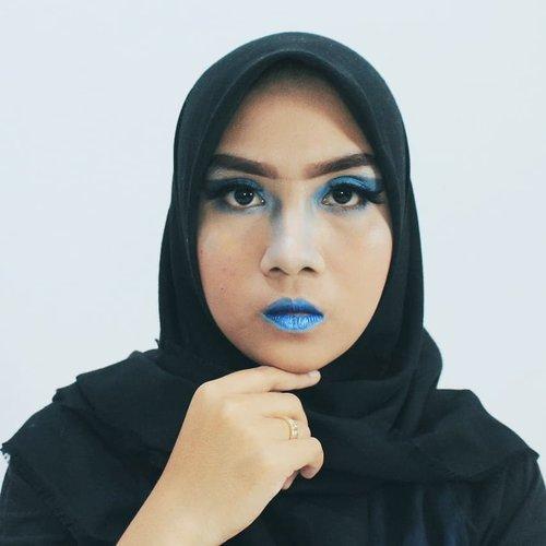 Iyaa iyaaa... Ini ngerapihin feed ajaaa biar look nyaa sama ajahhh... Abis ini upload yg lain Kok... 🙈🙈🙈🙈 http://www.arifanuryani.com/2018/08/one-color-makeup-look-collaboration.html  #Beautiesquad #BSAugCollab #BSCollab #OneColorBS #MonochromeMakeup #clozetteid #kbbvmember #bloggerindo #bloggerperempuan #beautybloggerid  #bloggerjakarta  #jakartabeautyblogger #komunitasblogger #BeautyGuru #BeautyVlogger #bvloggerid #beautynesiamember #indobeautygram #indovidgram #indobeautyvlogger #bunnyneedsmakeup #ivgbeauty  #beautytalk_indo #beautyblogger #beautybloggerjakarta #girls #makeup  #beautynesia #indonesianbeautyblogger #setterspace