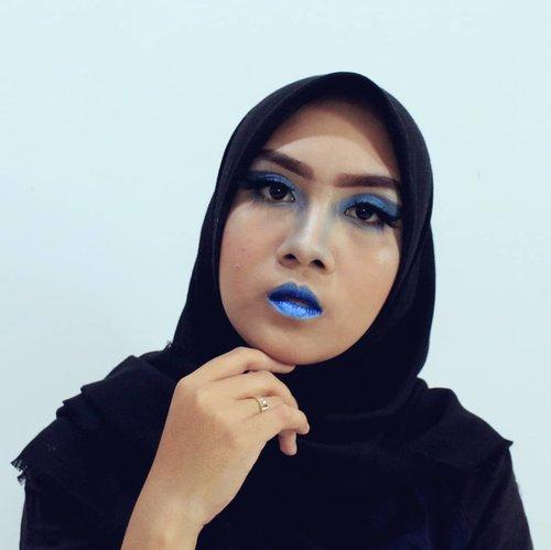 Setelah sekian lama meninggalkan kuas Dan warna warni pallette...Ikutan collab biar mulai rajin lagi... http://www.arifanuryani.com/2018/08/one-color-makeup-look-collaboration.html#Beautiesquad #BSAugCollab #BSCollab #OneColorBS #MonochromeMakeup #clozetteid#kbbvmember #bloggerindo #bloggerperempuan #beautybloggerid  #bloggerjakarta  #jakartabeautyblogger #komunitasblogger#BeautyGuru #BeautyVlogger #bvloggerid #beautynesiamember #indobeautygram #indovidgram #indobeautyvlogger #bunnyneedsmakeup #ivgbeauty  #beautytalk_indo #beautyblogger #beautybloggerjakarta #girls #makeup  #beautynesia #indonesianbeautyblogger #setterspace