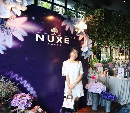 Earlier today at Nuxellence Launch (@nuxeindonesia). Now i know how important it is to prevent aging since an early ages.  Mencegah lebih baik dari pada mengurangi loh! 💁🏻 Anyway Thank you for the invitation @elleindonesia 💜  #BeautyOfExcellence #NuxeIndonesia #ClozetteID #ClozetteBeauty
