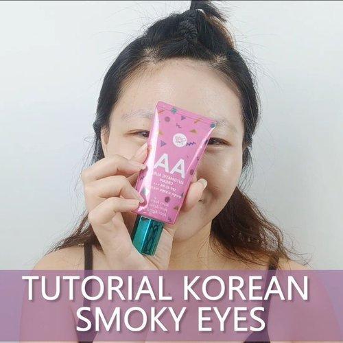 Yuk bikin smoky eyes ala ala Korea! Jangan yg nude nude aja ah boseeen haha.. Lets move on from your comfort zone!! . Di Korea juga mereka suka pake smoky eyes juga kok buat bikin bold look.. So all you need just be confident 💋 . Using product from @cathydollindonesia ❤ AA cream ❤ Nude Me - Smoky Eyeshadow Palette . . . . . . #luellaartistry #luellatutorial #tutorialsmokyeyes #smokyeyemakeup #koreansmokyeyes #1stGatheringBBV #makeupnatural #makeupkoreatutorial #makeuppemula #makeupremaja #makeuptransformation #artsymakeup #koreamakeup #clozzetebeauty #Clozetteid #beautyvlogger #beautybloggerindonesia #beautybloggerbandung #beautyvloggerbandung #bandungbeautyvlogger