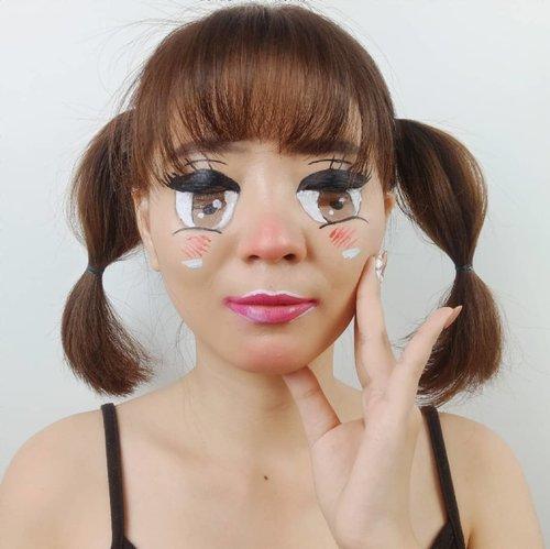 Pas lagi hype ga bikin look nya.. Pas udah ga hype baru bikin. Wkwkwk.. Baru mood bikin look gini nya sekarang 😂😂 . Anw kalian lebih suka nonton Anime atau K-drama?? . Inspired @laviedunprince . . . . . #luellaartistry #luellamakeup #animemakeup #mangamakeup #cartoonmakeup makeup #facepaintingideas #artsymakeup #makeuppemula #makeupremaja #makeuptransformation #tutorialmakeup #beautyvlogger #beautybloggerindonesia #beautybloggerbandung #beautyvloggerbandung #bandungbeautyblogger #bandungbeautyvlogger #clozzetebeauty  #Clozetteid