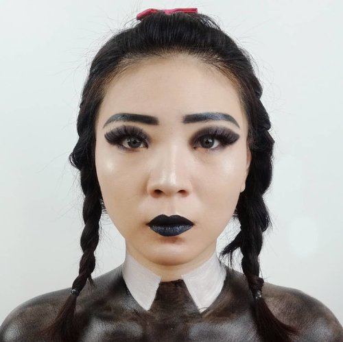 DAY 5 for #31daysofhalloween.Inspired Wednesday Addams...#luellaartistry #luellamakeup #wednesdayaddamsmakeup #clozzetebeauty #clozetteid #makeupbarenginivindy #kipaart #halloween2019 #halloweenideas2019