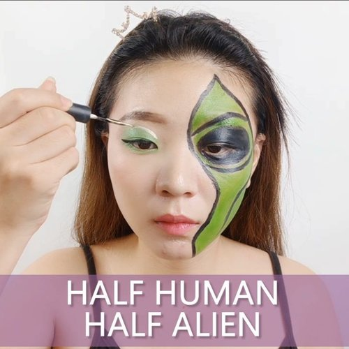 You are humalien! Half human half cosmos 👽.Product detailsFacepaint @imagiccosmetics @mehronmakeup@makeuprevolution Eyeshadow@altheakorea Eye Glitter@makeoverid Eyeliner..🎶 Oopsie - Nature.💻 Corel Video Studio......#luellaartistry #luellatutorial  #alienmakeupinspired #alienmakeup #artsymakeup #clozzetebeauty #clozetteid #makeupnatural