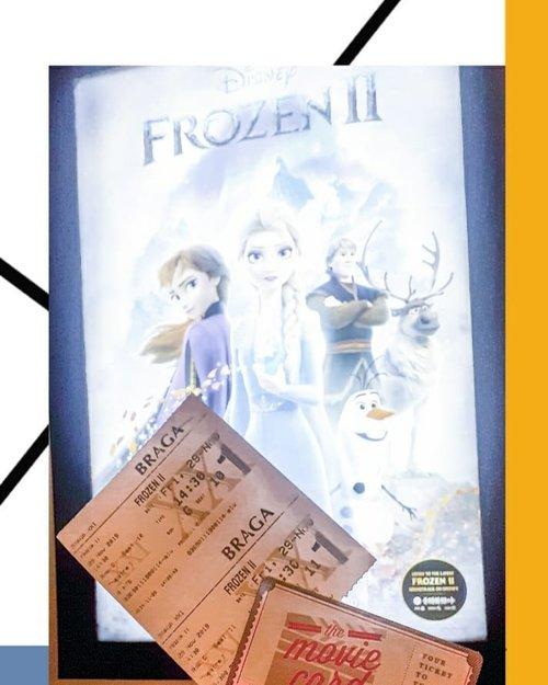Abis nonton berdua @vebbyfbrr_ dan nontonnya Frozen II wkwkwk 🤣Seru siih, diceritain awal mula Elsa dapet kekuatan magic ❄ nya, dan ternyata jeng jeng jeng.. nonton sendiri aja 🤣Satu hal yg aku suka, meskipun ini film kartun, tapi tampilannya bener2 nyata, sangat memanjakan mata 😍Hal lain yg aku suka, tentu aja pesan moralnya.. film kartun memang dibuat untuk anak2, tapi rasanya justru orang dewasa harus mendapatkan pesan moralnya : jangan mengkhianati dan mengingkari janji, meskipun atas dasar apapun 💕Sisanya cus nonton yaa karena film Frozen II ini menjadi salah 1 film terlaris loohh ☃️ #frozen2 #ffb32 #ffb33 #ffbcomm #ClozetteID #widlimnonton