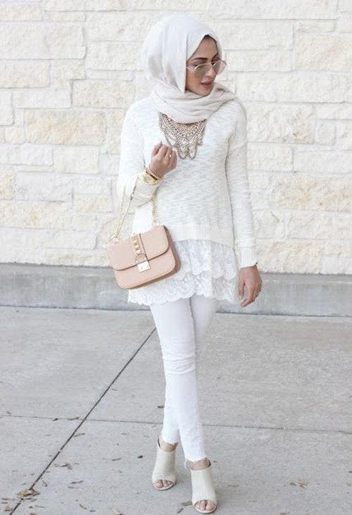 "<div class=""photoCaption"">hijab inspiration from fustany.com</div>"