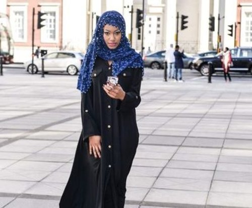 Modern Black Shirt Abaya for Everyday Styling - Girls Hijab Style & Hijab Fashion Ideas