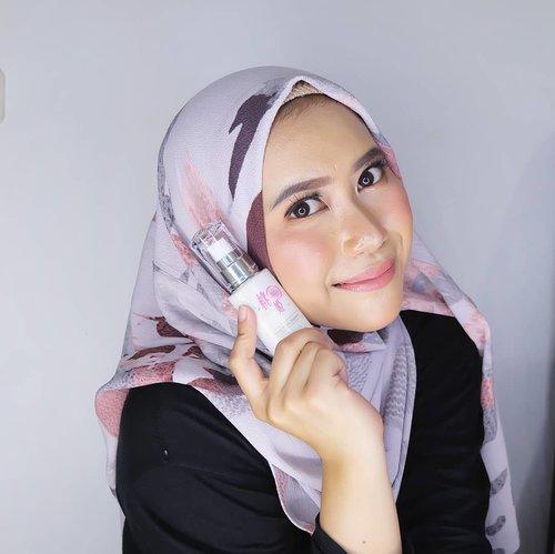 Halo sunshine!Kali ini aku punya mini review tentang salah satu skincare asal jepang yang fokus pada menutrisi dan mencerahkan untuk berbagai jenis kulit. Tersertifikasi Halal Japan Islamic Trust (JIT) dengan packaging produk yang nggak kalah menariknya. Mau tauuu siapa diaa?Silahkan Klik link di profil akuu atauuu keee :https://youtu.be/bxngdnzlQ7ESelamat Nonton!#Clozetteid #Clozetteidreview #MomohimeXClozetteIDReview #momohime #halalskincare #japanskincare @clozetteid@momohime_indonesia_official