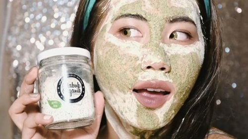 "[NEW VIDEO ALERT] ""Mabuk"" Masker Bubuk Organik Greentea  Click the link in my bio for the review💋  Thank you @shopastelle  Music : [No Copyright Music] Ukulele Bells - HookSounds - from YouTube . . @beautynesiamember @indobeautygram #endorsement #beautyjunkie #beautyjunkies #beautyenthusiast #beautyblogger #like4like #instadaily #beautyreview #reviewmabuk #maskerbubuk #maskergreentea #greenteamask #skincare #indobeautygram #makeupjunkie #makeupjunkies #beautyvlogger #beautyvloggerindonesia #indobeautyblogger #beautybloggerindonesia #beauty #clozetteid #beautynesiamember #beautynesiaid #ivgbeauty #indovidgram"