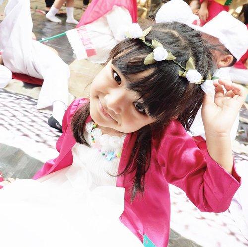 Senyum pagi dari Celina 😆.Telat banget posting baju #merahputih hahaha, baru inget ada foto ini..#ClozetteID #AlikaCelina #indonesia #indonesiaindependenceday #momlife #momblogger