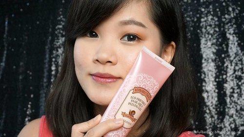 Peeling lagi? Yay or Nay? 😁 #clozettestar #clozetteid #beautyblogger #bloggerindonesia #blogger #saintpeau #peelinggel #skincarereview #gratefulbeautyblog
