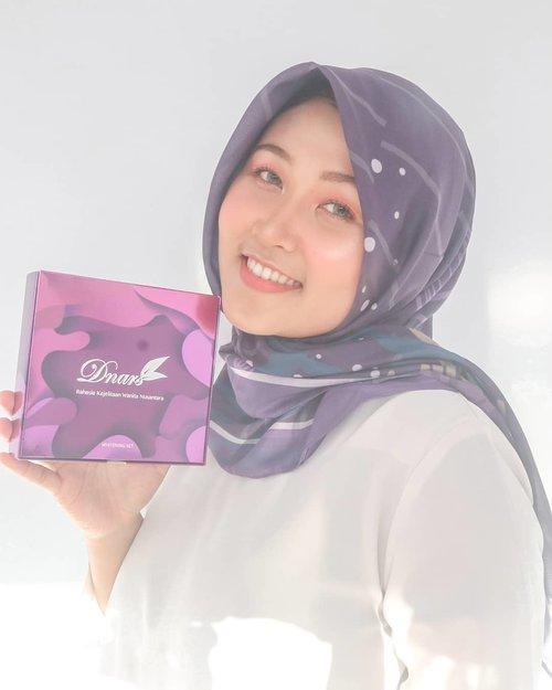 Gengsss💕 #DnarsSkincare sekarang udah ada di Indonesia lho💕 Ini adalah skincare asal negeri Jiran, Malaysia. Ibu foundernya @faziani_rohban dan kak @shireensungkar adalah brand Ambassador dri produk ini💕...Aku senang banget karna bisa nyobain Whitening Set nya @dnarsindonesia untuk mencerahkan wajah dan buat kulit berjerawat bisa pakai yang Acne Set, bisa banget disesuaikan dengan jenis kulit pokoknya💕...Info lebih lanjutnya follow @dnarsindonesia yaah😍..@tabloidbintang #DnarsSkincare #DnarsIndonesia #AyundaHits #MakassarBeautyBlogger #MakassarBeautyVlogger #MakassarBeautyGram #MBG #ClozetteId #BloggerMakassar #VloggerMakassar #DnarsMakassar