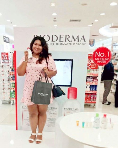 Congratulation @bioderma_indonesia for the launch at Surabaya. The No. 1 micellar water, loved by all , is now available in this city!!! Grab everything you need at Guardian, ladies. Bioderma have a wide range of skincare for each skin type. #biodermainsby #biodermaxguardian #biodermaindonesia #biodermainsby #sbbxbioderma #beautyevent #bioderma #blogger #bbloggerid #beautyblogger #sbybeautyblogger #indonesianblogger #indonesianbeautyblogger  #clozetteid  #biodermaindonesia #beauty  #makeupjunkie #makeuolover #biodermaindonesia #micellarwater #biodermamicellar #ootdbigsize #ootd #ootdplussize #ootdbigsizeindo #pink #cute #indonesian