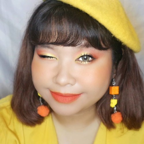 How is your day guys??? I hope everyone is doing great today!!!Anyway I'm planning to do more looks using Beauty Glazed Color Board palette. What color scheme should I go next???? #makeuplook #orangemakeup #yellow #orange #🍊 #🍋 #cute #redhacsmakeup#Clozetteid #clozetteootd  #endorsementindo#endorsement #bodypositive #celebratemysize  #influencersurabaya #beautyhasnosize#antingcustom #maskstrapmurah#maskstrap #maskstrapcustom #legoearrings #missbbwindonesia #ootdredhacs