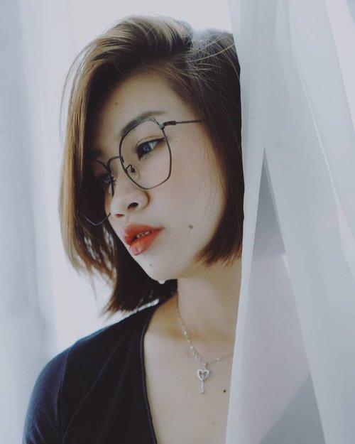 ☹+🙂 #shantyhuang #beautyvlogger #beauty #blogger #beauty #Clozetteid #Clozettedaily #instagood #instadaily