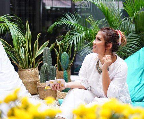 See good in all things 🌼☀️ 📷 @dillafdiah  #workinglife #eventoftheday #wardahxclozettebdg #white #ramadanevent #clozette #potd #clozetteid #positivevibes