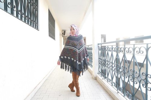 Everyday is a fashion show and the world is the runway. -- Coco Chanel -- #beautyblogger #beautybloggerindonesia #indonesiabeautyvloggers #beautiful #chichijab #hijabfashionista #hijabfashion #fashionhijab #hijabstyle #bloggerstyle #bloggerslife #bloggers #hijabblogger #hijabbeauty #ponchostyle #autumnoutfit #fallloutfit #autumnfashion #clozetteid #overkneeboots #highboots