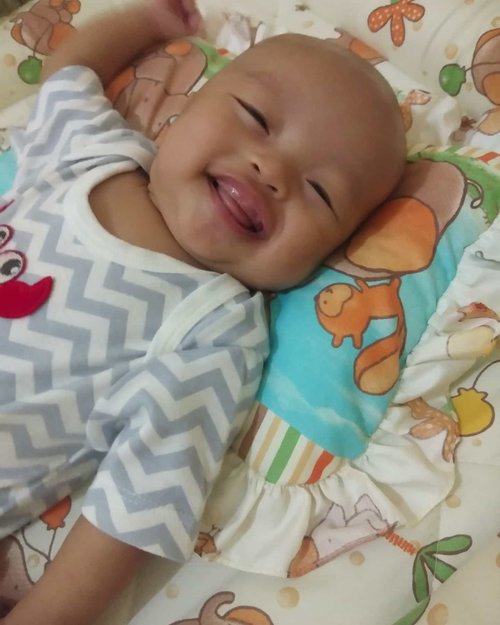 His smile#playwithrakha #clozetteid #mommiesdaily #kumparanmom