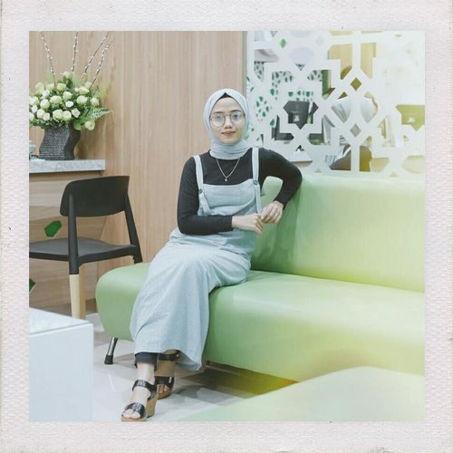 Last week at Aishaderm Clinic Gedongkuning wich is @aishaderm 's first branch in Jogja💚 I've been tryin their treatment btw, full review on my blog sis! Have a good day😘  #Aishaderm #KlinikAishaderm #KlinikCantikMuslimah #Makeup #Treatment #ClozetteID #Clozetter #JogjaBloggirls #Blogger #Bloggers #BloggerJogja #Beauty
