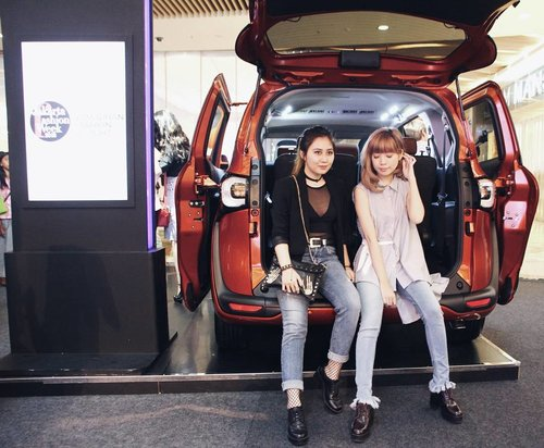Little thing of what happened last Sunday at JFW Pesona Ramadhan Delight with Toyota Sienta. Event report is now live on the blog! Thank you for invited me @sociolla and hello again @steviiewong! . . #PopUpPlayground #MySienta #beautyjournal #Sociolla @toyotaid @beautyjournal @sociolla
