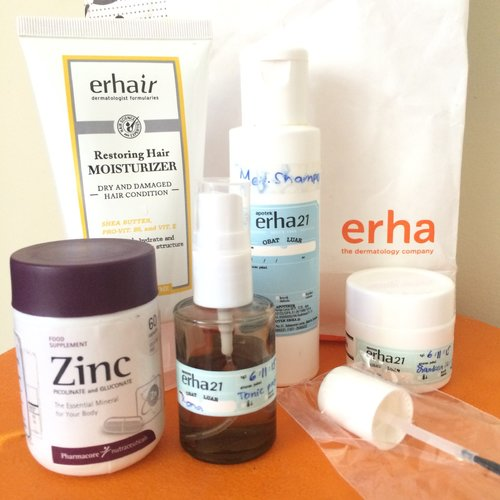 Udah capek sama rambut rontok? Cobain yuk perawatan rambut rontok dari Erha Clinic :) Read the full review on my blog: http://beautyveller.blogspot.co.id/2015/11/review-perawatan-rambut-rontok-di-erha.html