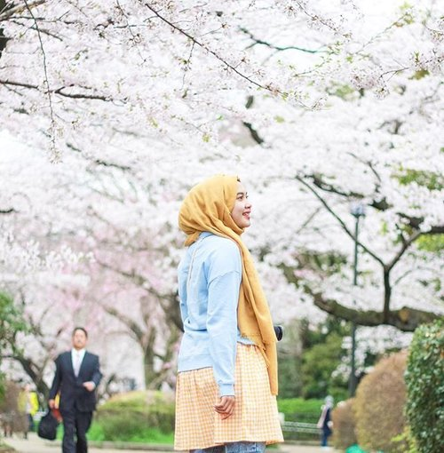 What matters the most is the journey, not the destination... Soon on blog about my adventure in Tokyo 🌸🌸🌸 www.mellarisya.com#canonasia#mellatravelogue#clozetteid