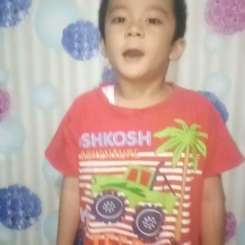 Tugas bahasa inggris...#anaksd #marpaung #vincentmarpaung #sonakmalela #clozetteid #smartmumsid #pudan #throwback #bestnine #orangbatak #parnainggolan