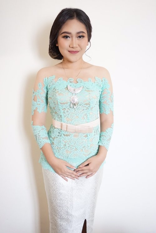 Turquoise Kabaya 😍