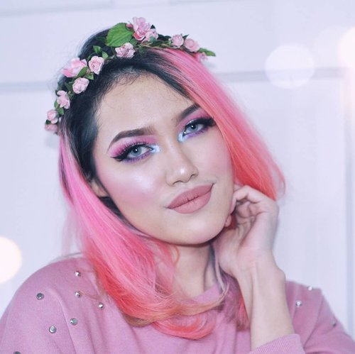 #unicornvibes 🦄 This look is finally upladed on youtube -me recreating @ohmygeeee make up bcs it kinda matches my hair 💖💜 (I know I didn't nail it, not even close lol 😂) link in bio (Bahasa Indonesia)  #clozetteID #beautyvlogger #indonesianbeautyblogger #beautybloggerindonesia #wakeup2slay #wakeupandmakeup #asianbeautyvlogger #makeuptutorialindonesia #makeuptutorial