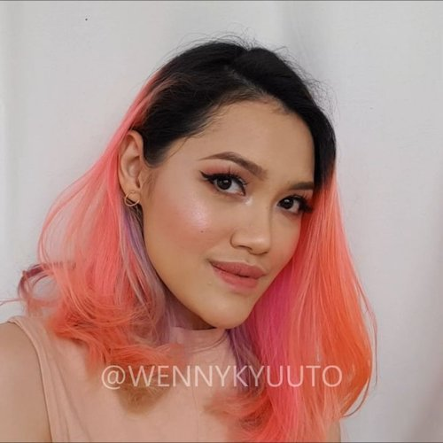 D-2 before valentine's day!Short version of Romantic Soft Pink #valentineslook.click the #linkinbio to watch the full version hope you like it ❤Products used:Face:-@makeoverid Camouflage Cream #Concealer-#maybellineindonesia Fit Me! Poreless Matte Foundation-@maybelline Instant Anti Age Concealer-@toofaced Love Flush Blush - Love Hangover-@sonandpark_korea Face Lighting & Shading-@sleekmakeup Solstice Highlighting Palette-@shiseido Translucent Loose PowderEyebrows: @nyxcosmetics_indonesia Eyebrow Pencil - Dark BrownEyes:-@beautycreations.cosmetics Irresistible Palette-maybelline Hypersharp Power Black LinerLips:-Too Faced Melted Lips - Melted Peony-@polkacosmetics - Maracass #ClozetteID #beauty #wakeupandmakeup @wakeupandmakeup #makeupaddict #beautyvlogger #makeuplover #makeuptutorial #makeupjunkie #nyxcosmeticsID #nyxcosmeticsnl #Indobeautygram @indobeautygram #IVGbeauty #undiscoveredmuas #wakeup2slay #brian_champagne #underratedmuas #valentinesmakeuptutorial #makeupclips