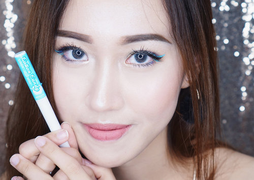 Loving my new pastel colored liquid liner from @absolutenewyork_id 😍Kepingin semua warna sumpah!! Biar bisa create look yang lebih kece dan out of the box lagi😍Di foto pertama aku pakai Jelly Bean.🍬🍬Di foto ke2 aku pakai warna Jelly Bean mixed dengan Mint Chip (kanan); Plum & Fairy Floss (kiri)🍬🍬Superrrr sad I lost my favorite shade, Mint Chip.😭😭😭 X @sbybeautyblogger .#absolutenewyorksurabaya #makeupunited #cottoncandyliners  #sbybeautyblogger #sbbxabsolutenewyork #sbbxabsolutenewyorkcandyliners #absolutelyeyecandy #clozetteid