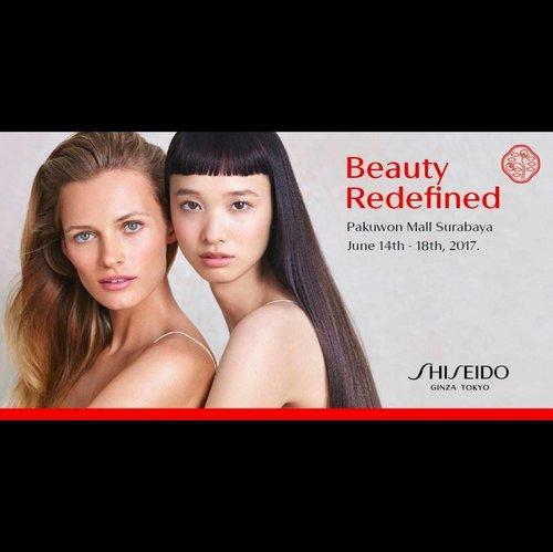 Yeay! Good news for everyone who are beauty lovers in Surabaya!  @shiseidoid akan mengadakan make up workshop dengan pro MUA Slam Wiyono pada tanggal 17 Juni mendatang. Hanya dengan 600k, kalian bisa dapatkan banyak hal. Tentunya ilmu, welcoming gift senilai 600k dan shopping voucher senilai 500k. Worth it banget kan?!😍 Jangan lupa juga datang ke acara #beautyredifined pada tanggal 14-18 Juni di Pakuwon ya karena akan ada serangkaian acara seru dari Shiseido! Kalian bisa melakukan skin check, mendapat beauty service berupa massage dan make up retouch dengan produk-produk Shiseido yang #amazing dan masih banyak lagi. Ps: Shiseido kabarnya juga bagi2 mascara gratis lho.😘 Well, see you soon on #ShiseidoID 's #BeautyRedefined.💕💕 #clozetteid