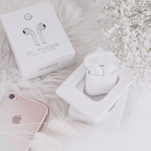 IGear Twoo 2 — Go check my @charis_celeb shop now : http://hicharis.net/tephieteph/doL - Special price just for you 🌻 . . . #clozetteid  #charis  #charisceleb  #hicharis_official  #airpods  #earpods