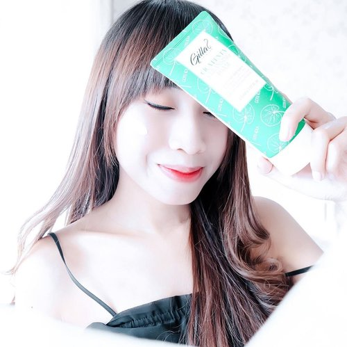 Another @gilla8.official products !-Well,Kmrn aku sdh share sama kalian dual super power cream dr @gilla8.official. Nah buat kalian yg kulitnya oily dan sensitive kyk aku dan lagi cari cleansing foam. @gilla8.official provide CICA PENTA CLEANSING FOAM 🧼-What's good?Sensitive skin approveDeep cleansingOil control formulaSmoothen effectBlackhead removingPore tighteningVegan formulaSafety from pregnant womanDown side?Texture too thick and stickyFeel rough when you rinse itWatch the video ➡️SLIDE 3-This cleansing foam best for oily and sensitive skin. Your skin will oil free for 2hrs ! I rate it 3/5 ✌🏻 Where's to buy?@charis_celeb shop ofc :http://hicharis.net/tephieteph/LOHGrab it for 176k/150ml ☘️...#clozetteid #charis #charisceleb #hicharis_official #gilla8 #gilla8indonesia #cica#cleansingfoam #cicapentacleansingfoam #oilyskin #oilyskincareroutine #sensitiveskin #bloggersurabaya #bloggerjakarta #tephcollaboration