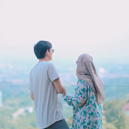 B U B U N ✖️ Y A Y A H.#fridaymubarak #tgif #coupleshoot #clozetteid