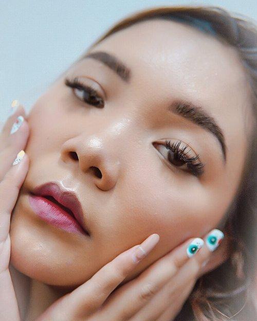 Brow tutorial will be up soon . . .  #makeup #lidyamakeup #beauty #indobeautysquad #holidaymakeup #ootdmakeup #clozetteid #makeupvideos #selfie #beautyvlogger