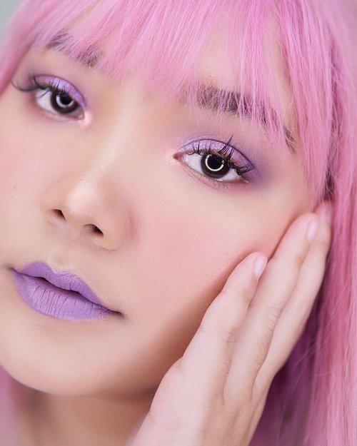 "Good morning 💜💗 . .  Product used : - lips : @corabeauty.id ""lilac"" . - eyes : @mizzucosmetics gradical eyeshadow velvet plum color 03 and 02 + @focallurebeautyid twilight shade Rose Vale . .  #lidyamakeup #motd #pinkhair #lilac #purplemakeup #lilacmakeup #clozetteid #indobeautysquad #tampilcantik #popbelacommunity"