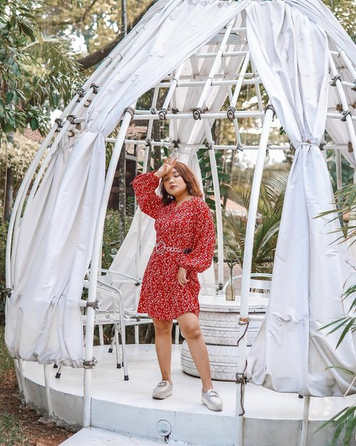 Vibrance ❤️ . . . 📸: @olin.dnd . . . #ootdlidya #ootd #outfits #fashion #outfitinspiration #style #outfitoftheday #clozetteid #outfitideas #streetstyle #fashionstreet #ootdstreet #explorejakarta #jakartafashion #red #redoutfit #summeroutfit #reddress
