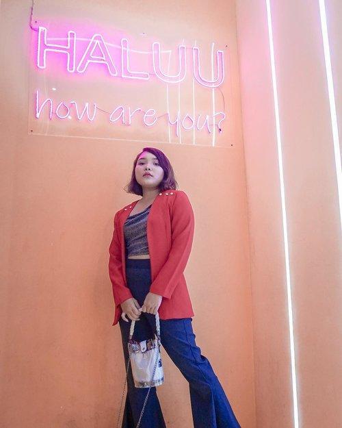 Haluu, how are you? @haluuworld .  Btw aku lg ada giveaway di IG story buat berbagi di akhir tahun dan seru-seruan bareng kalian, so check ya . . .  #haluubanget #haluuworld #haluu #officiallyhaluu #ootd #ootdlidya #outfits #outfitinspo #outfitideas #outfitoftheday #fashion #fashionblogger #fashionstyle #style #lookbookindonesia #ootdindo #ootdindonesia #clozetteid